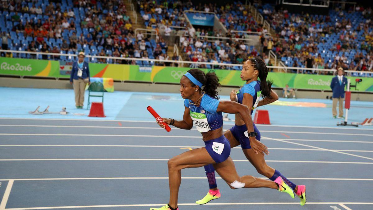 Equipo de 4x100 de Estados Unidos corrió solo tras apelación y logró mejor tiempo