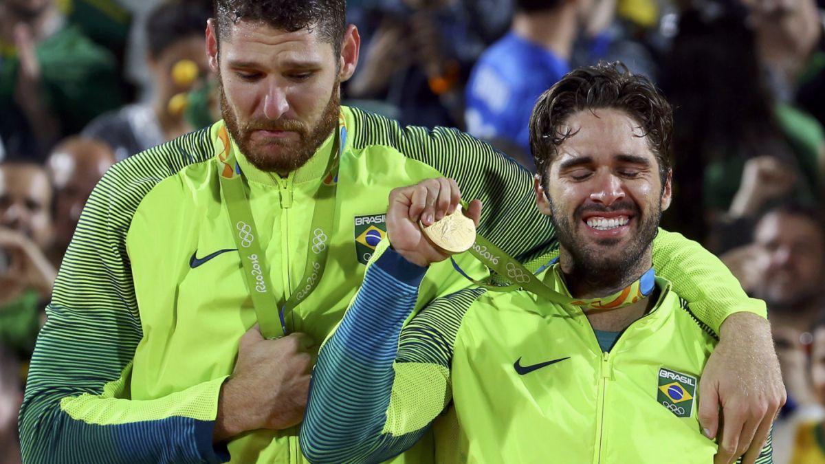 Brasil conquista oro en el voleibol playa masculino