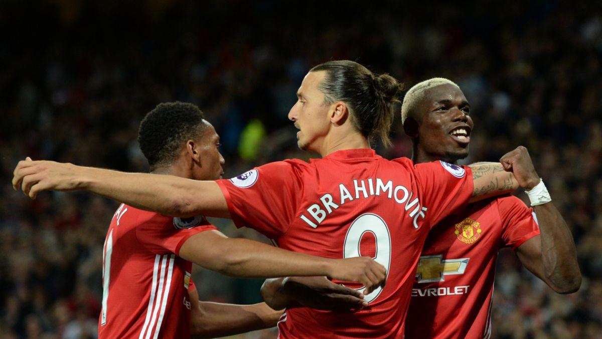 Manchester United vuelve a ganar gracias a un doblete de Ibrahimovic