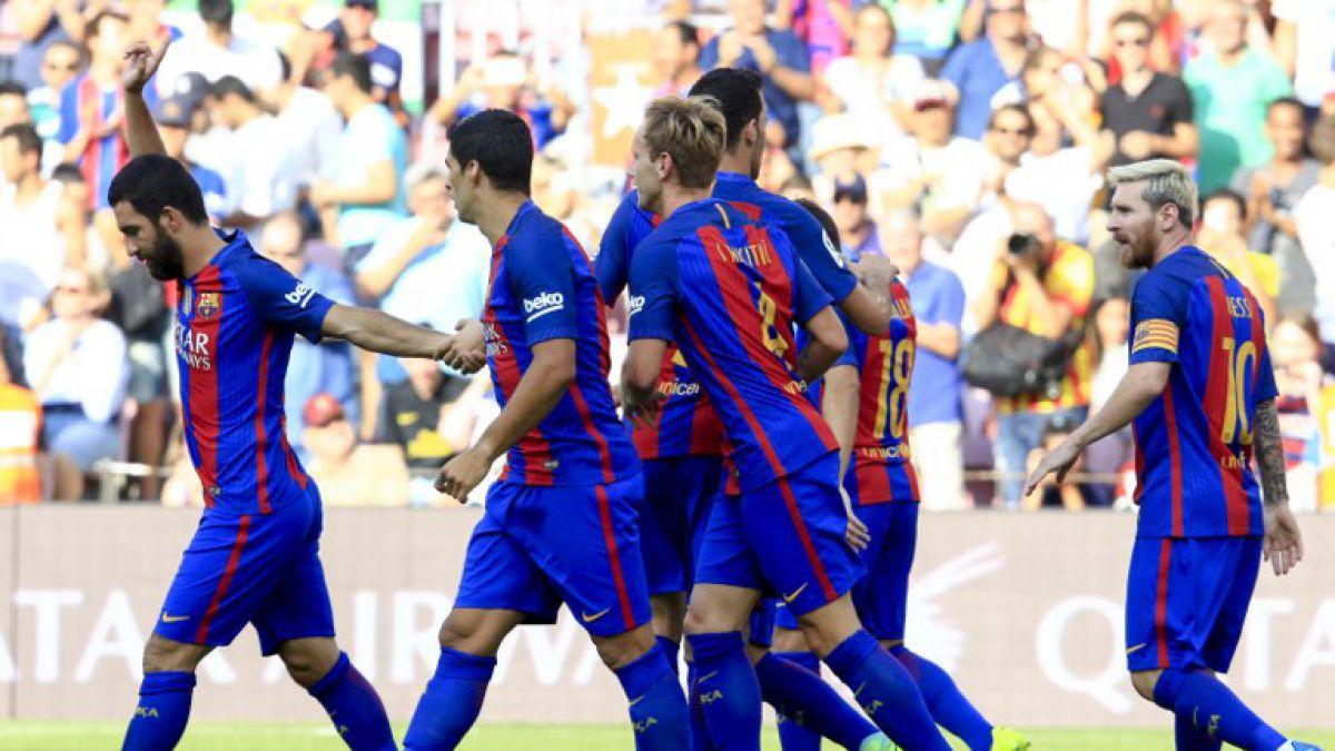 Barcelona vapulea a Betis en la despedida de Bravo del Camp Nou