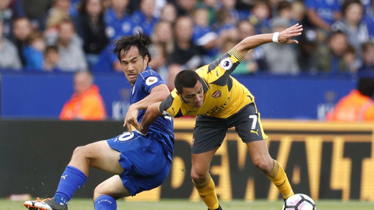 Arsenal con Alexis Sánchez iguala en su visita al Leicester City