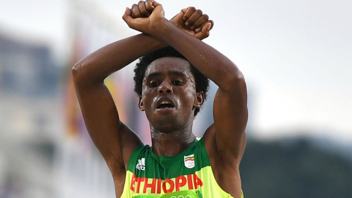 Río 2016: Polémica tras dichos del medallista Feyisa Lilesa