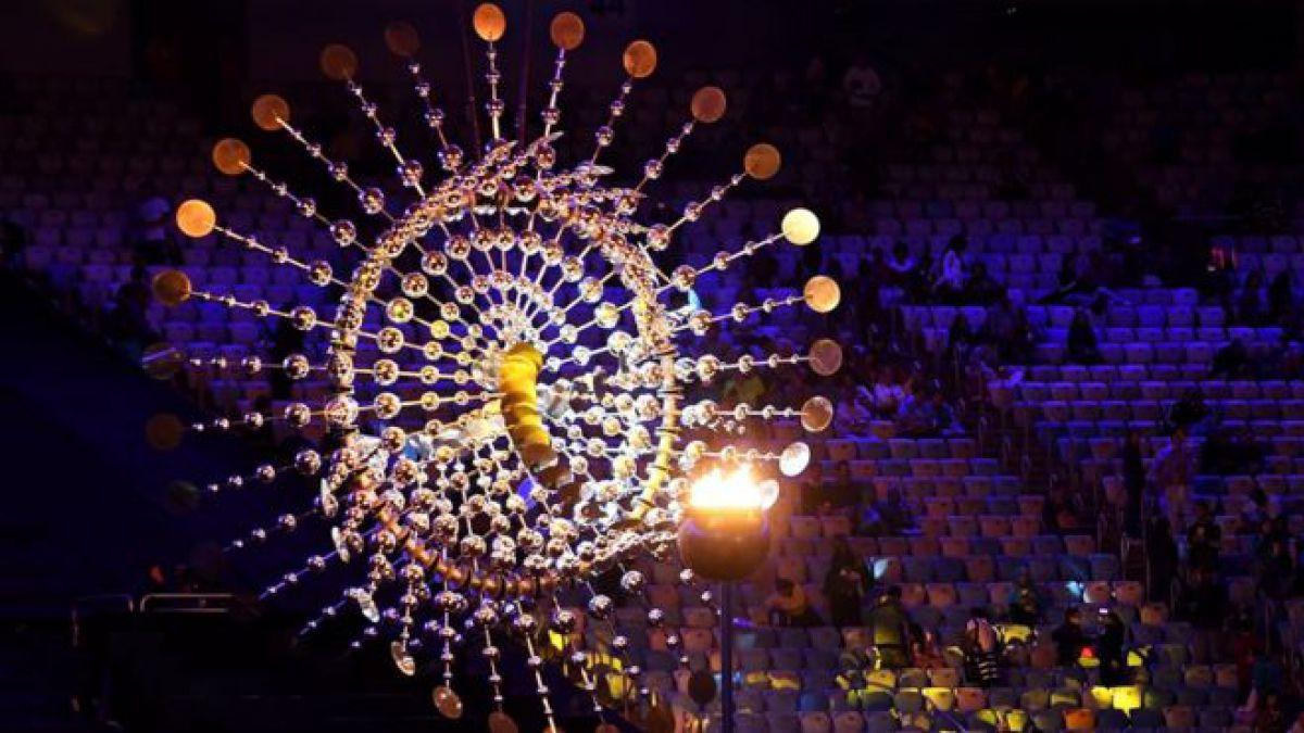 Río de Janeiro despide sus Olimpiadas con samba, danzarines, carnaval, ¡y con Mario Bros.!