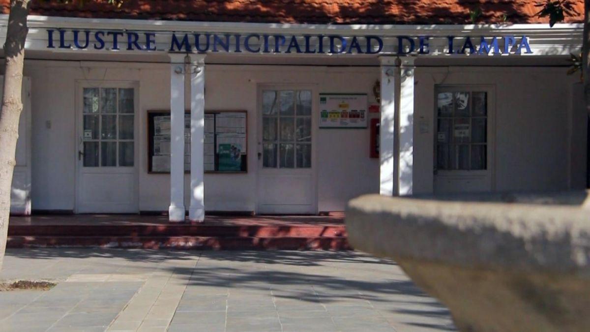 Investigan más de 300 viajes realizados por concejales de tres comunas
