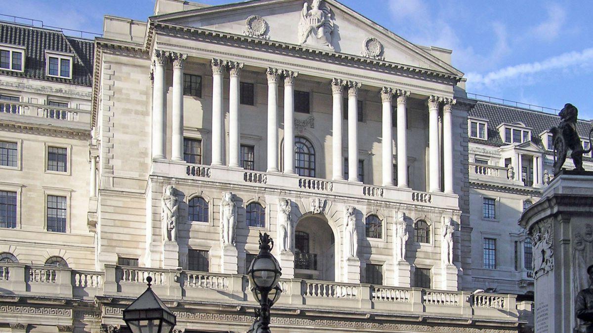 El Banco de Inglaterra aplaza nuevos estímulos ante un menor impacto del Brexit