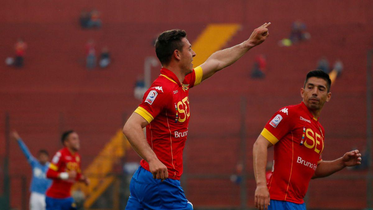 Unión Española queda con un pie en cuartos tras golear a OHiggins