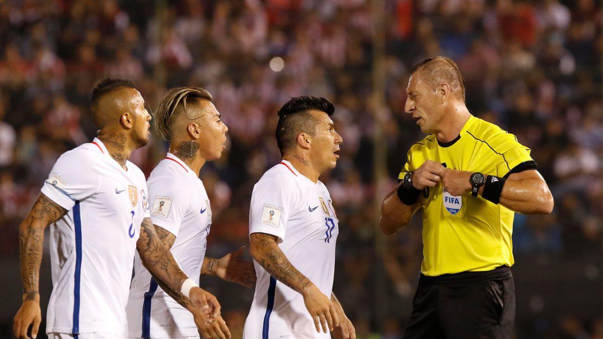 El informe de Pitana denuncia duros insultos de Gary Medel | Deportes