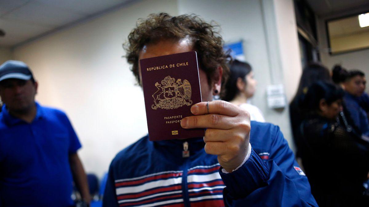 ¿Cuáles son los pasaportes más 'codiciados' del mundo?
