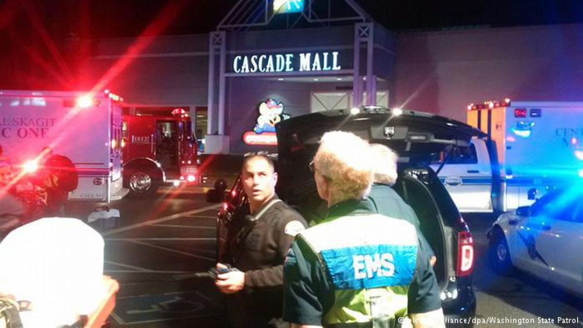 EEUU: cinco muertos por un tiroteo en un shopping de Seattle