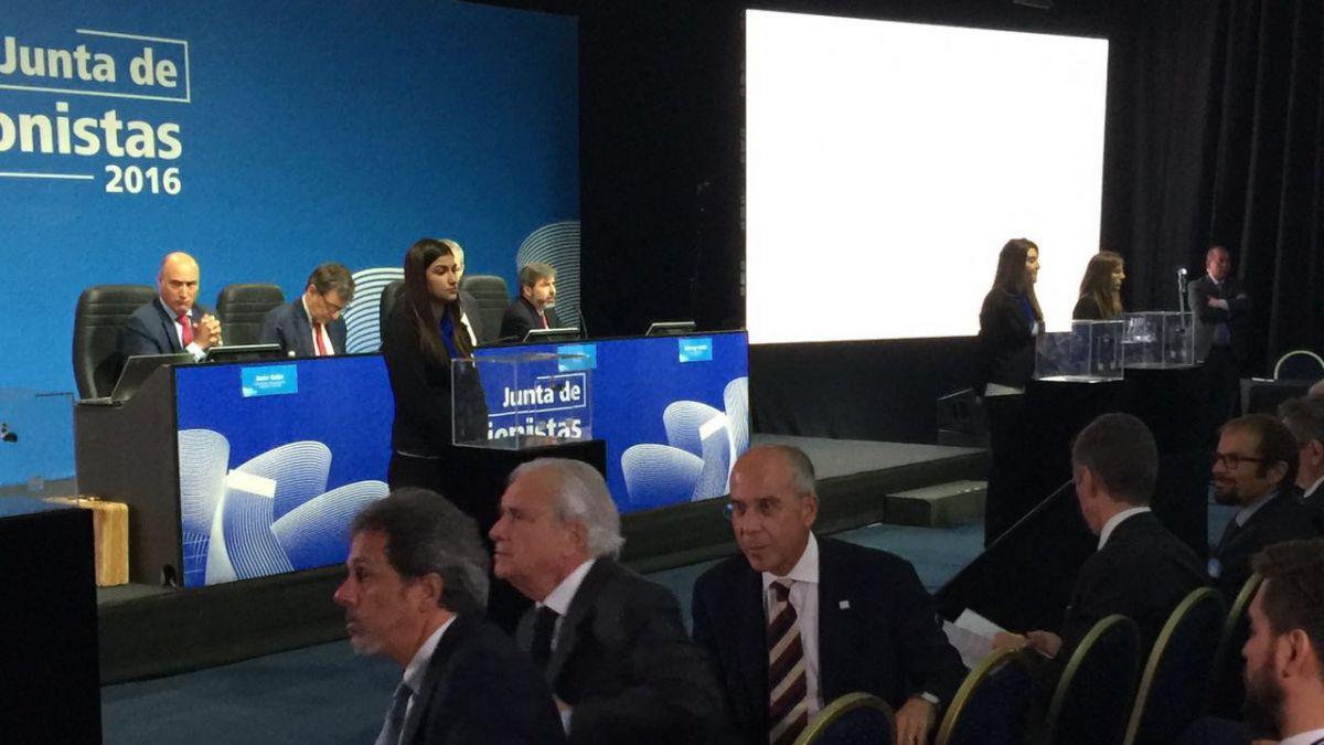 Junta de accionistas de Enersis parte con Francesco Starace en primera fila