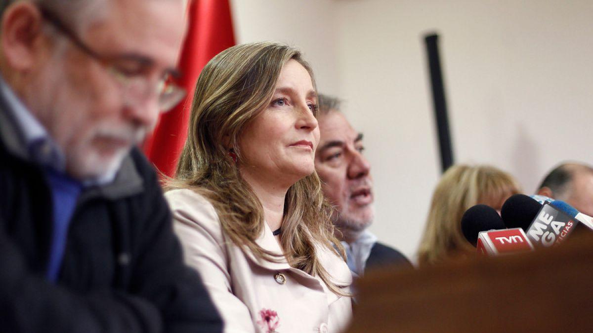Ex ministra de Bachelet renuncia al PS y niega apoyo a candidatura de DJ Méndez en Valparaíso