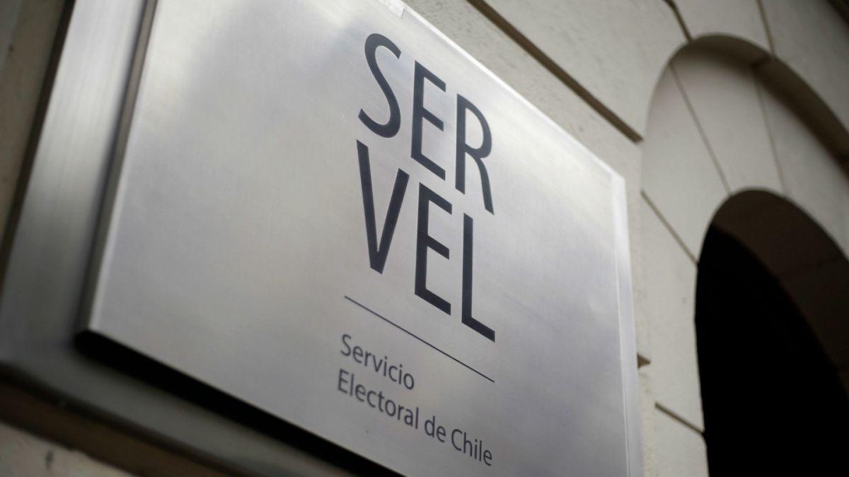 Servel habilita firma electrónica para nuevos partidos y fija fórmula para evitar falsos refichajes