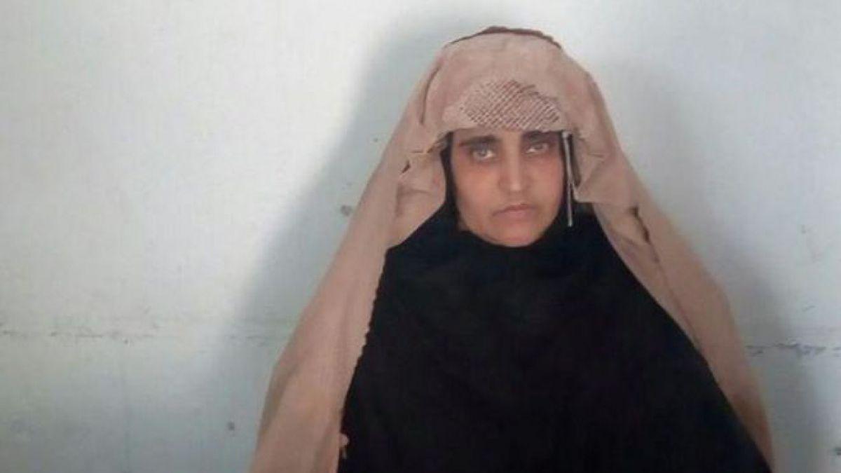 Tribunal rechaza liberar bajo fianza a niña afgana de National Geografic