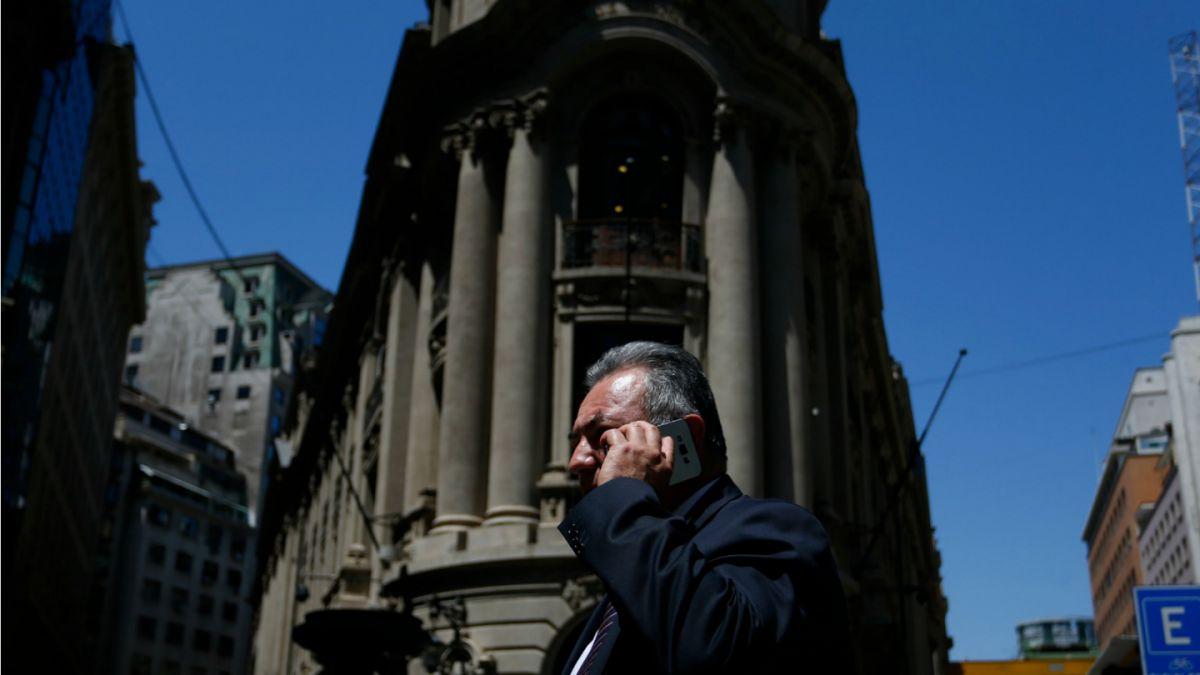 Mercado proyecta caída en tercer trimestre en resultados de empresas chilenas