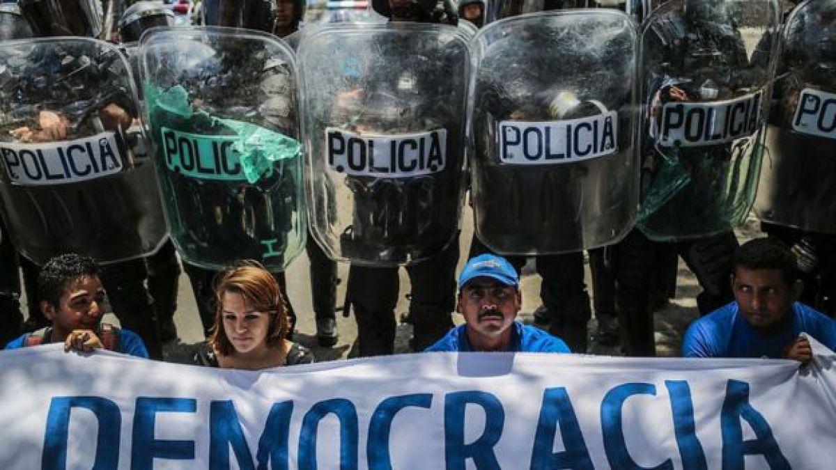 Ejército de Nicaragua detiene represión y llama al diálogo 14/May/2018 Internacional
