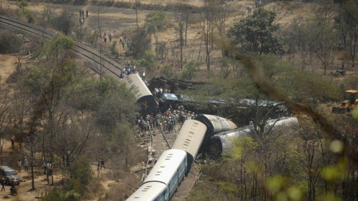 Al menos 60 muertos tras descarrilarse un tren en India