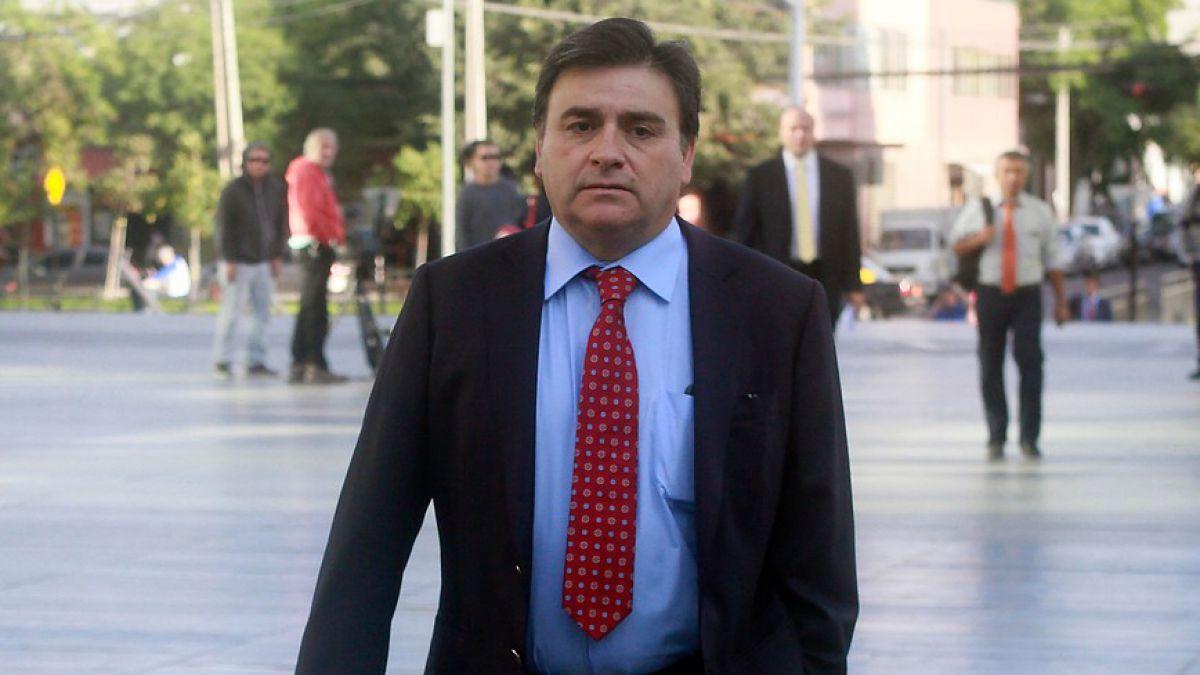 Caso Basura: formalizan a Pedro Sabat y Mario Olavarría