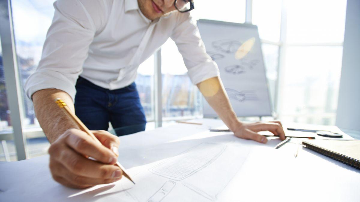 Las carreras de ingeniería con más campo laboral y mejor sueldo ...