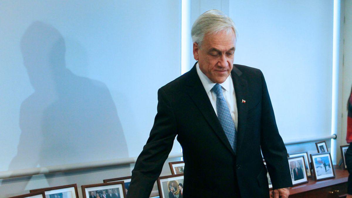Piñera retrocede en voto espontaneo y Guillier baja en aprobación — Encuesta Cadem