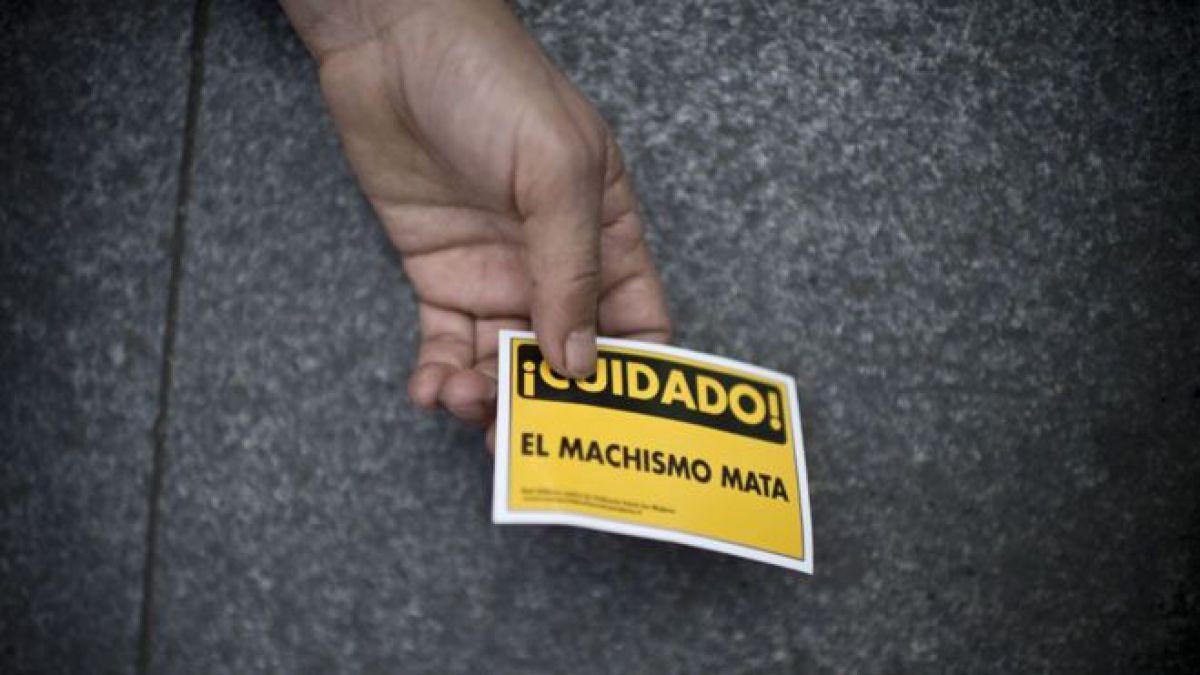 Urgen senadores atender casos de violencia política en el país