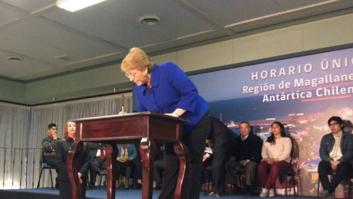Presidenta Bachelet anuncia horario único para Magallanes