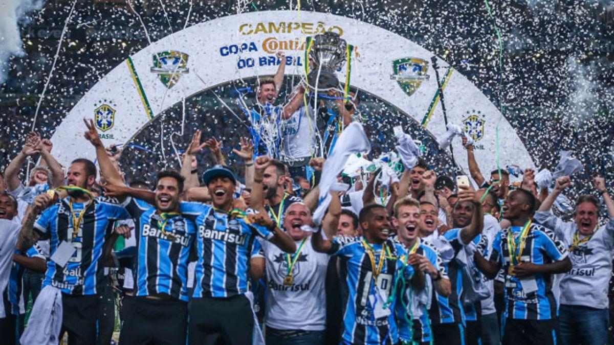 VIDEO  Gremio gana la Copa de Brasil recordando a Chapecoense la noche en  que 0b9f75b33be21