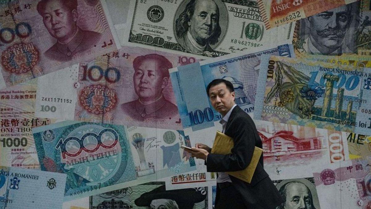 El dólar está fortaleciéndose.