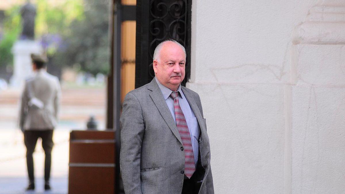 PRI solicita que Teillier declare como imputado por presunta simulación de contratos