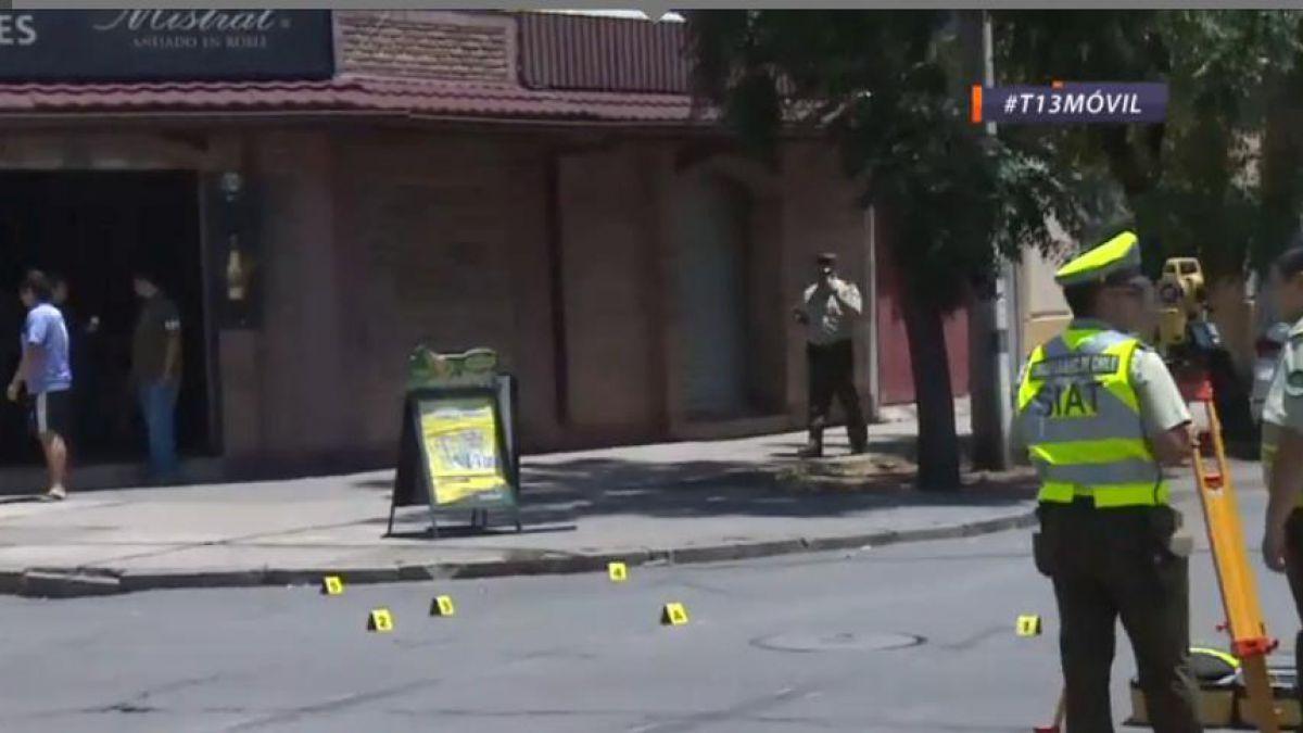 Dos fallecidos dejó persecución policial en el centro de Santiago