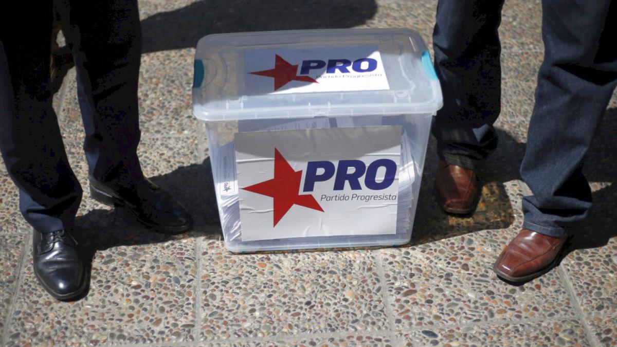 Cerca de 80 militantes del PRO renuncian con fuertes críticas a Marco Enríquez-Ominami
