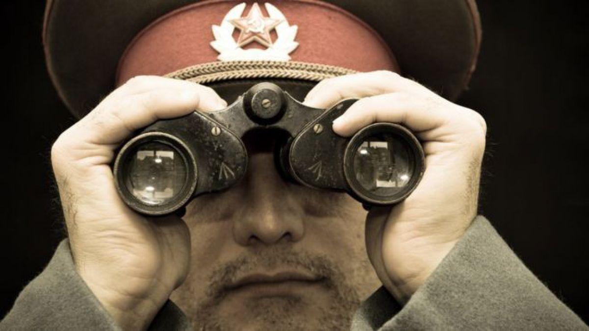 Qué es el kompromat, la vieja táctica rusa para conseguir información comprometedora y chantajear