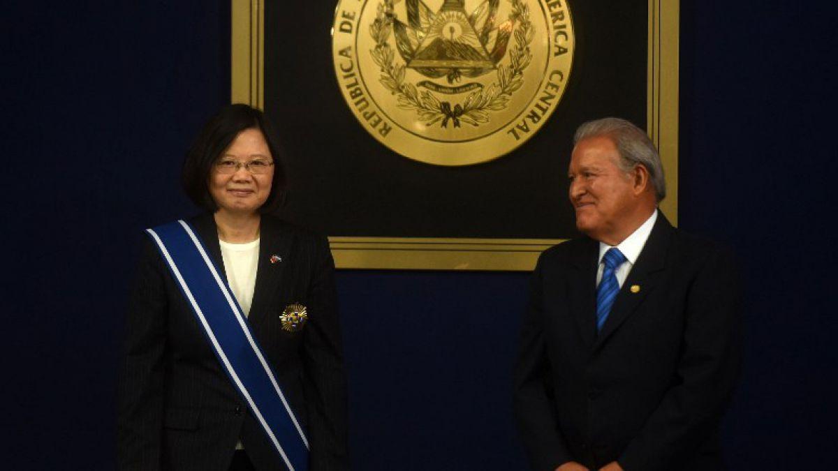 Presidenta de Taiwán cierra en El Salvador gira regional para fomentar intercambio