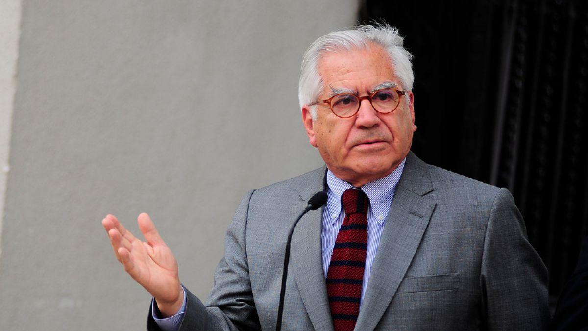 Fernández: Si el general Oviedo señala que el Ejército no tiene información, hay que creerle