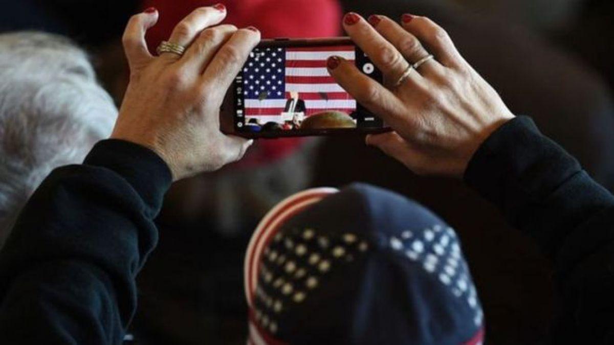 Los smartphones importados podrían costarle más a los estadounidenses si hay una guerra comercial entre su país y China.