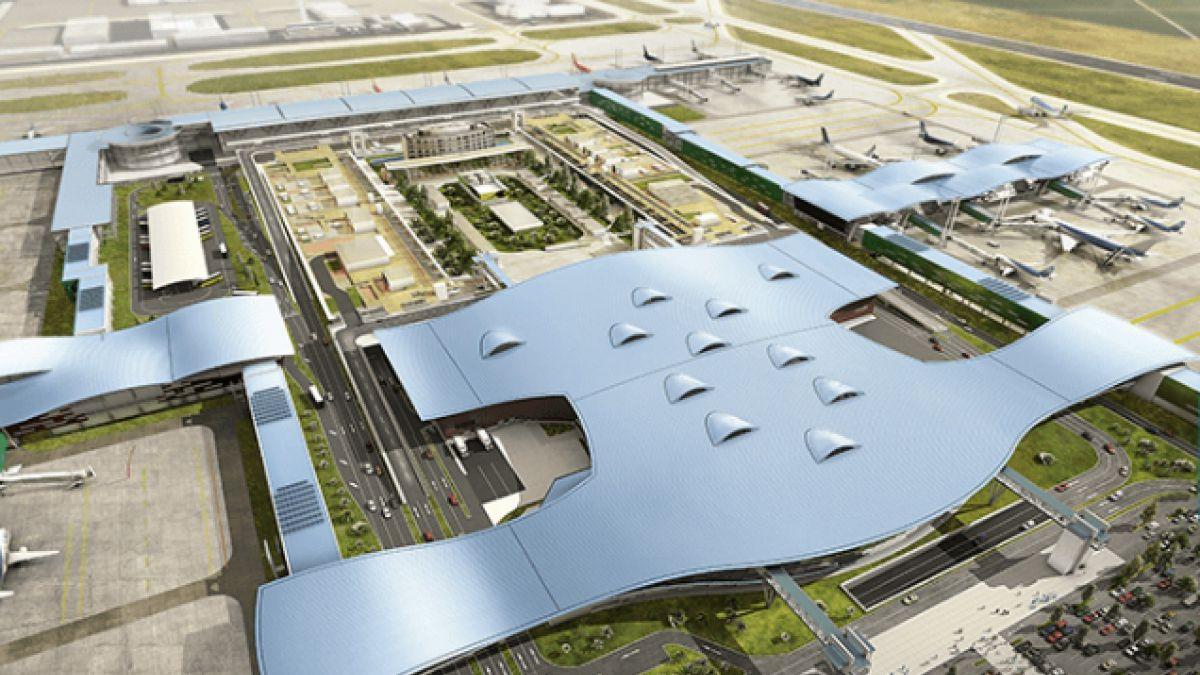 Cómo el Aeropuerto de Santiago pasó de una pequeña terminal a proyectar 30 millones de pasajeros
