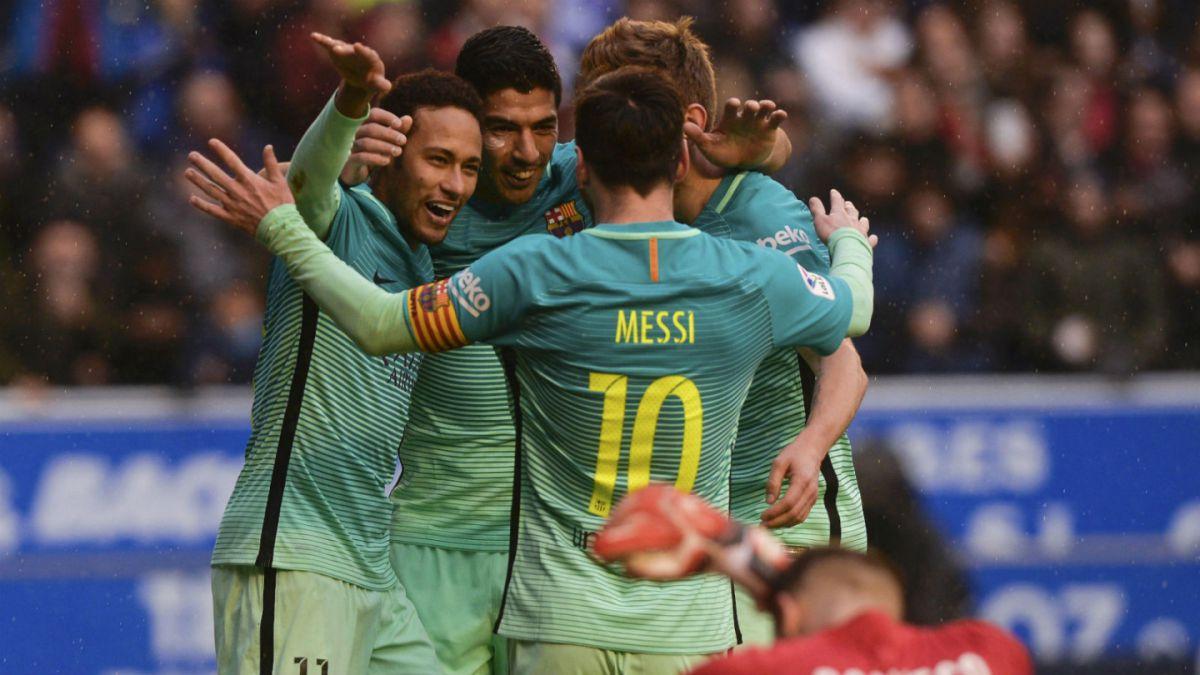Jugador del Barcelona sufre terrible lesión
