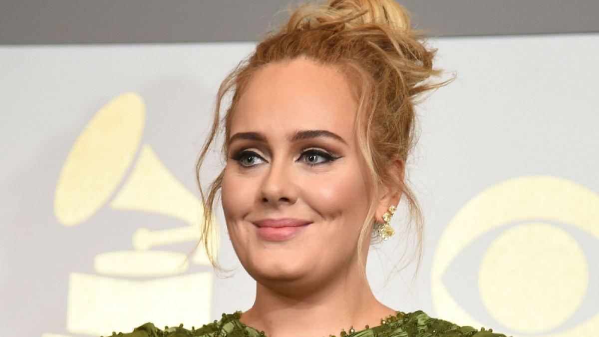 Adele celebró su cumpleaños de una manera muy extraña