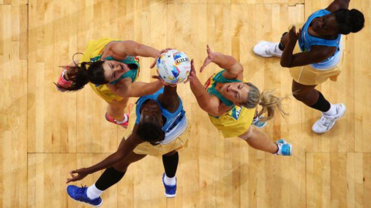Netball  la polémica del deporte menos atractivo de la historia ... 7331efd2370db