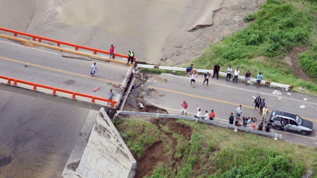 Perú afectado por fuertes lluvias y desbordes de El Niño Costero