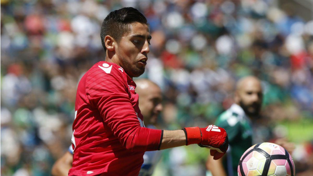 Deportes Antofagasta y Santiago Wanderers empatan en duelo con polémica
