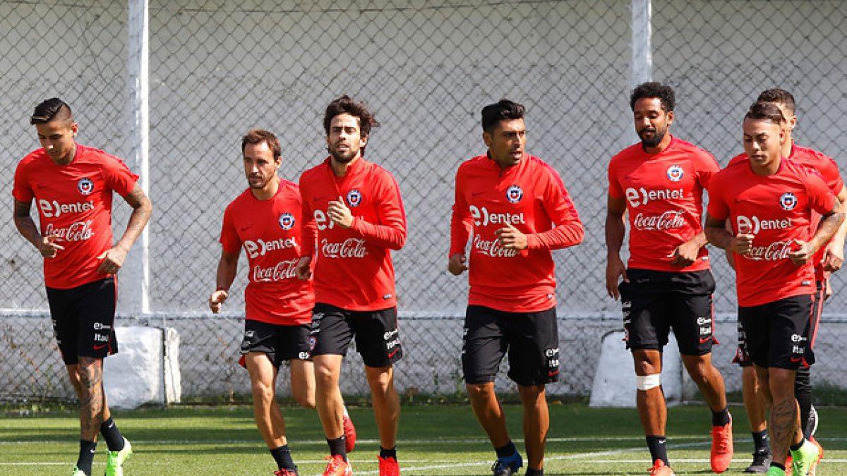 """Primera práctica de """"La Roja"""" sin Alexis Sánchez y Gary Medel en evaluación por lesión"""