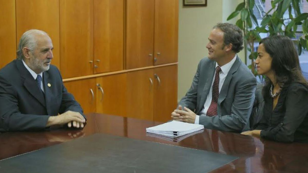 Exalmar: Diputados de Chile Vamos entregan antecedentes de comisión a Fiscalía