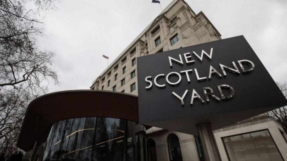 Piratean la cuenta Twitter de Scotland Yard