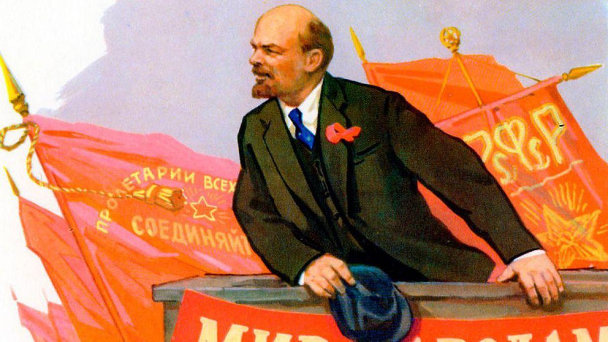 El épico viaje en el tren sellado con que Lenin regresó a Rusia para liderar la Revolución