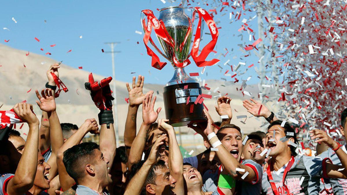 Curicó Unido se consagra campeón de la B y vuelve a Primera División