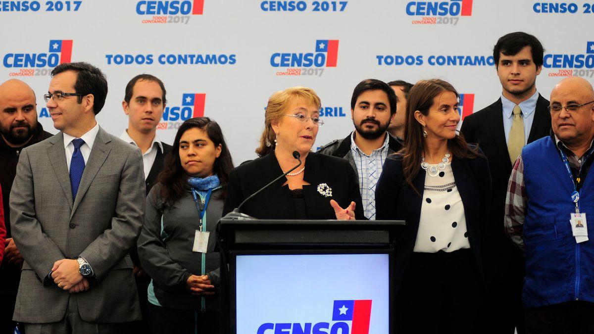 """Bachelet por Censo 2017: """"Hemos recuperado una elogiada tradición chilena"""""""