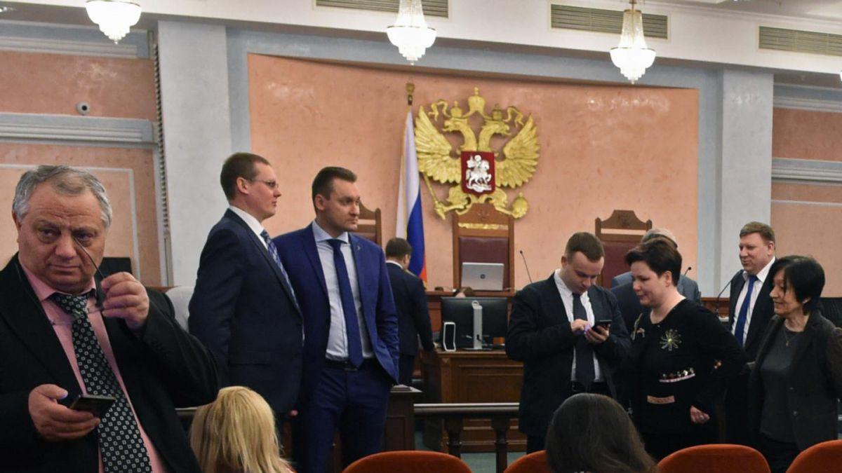 Corte Suprema rusa prohíbe a los Testigos de Jehová por extremismo