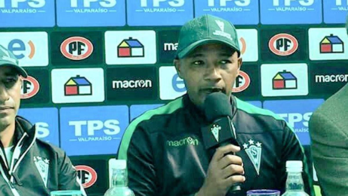 Santiago Wanderers formaliza la salida de Eduardo Espinel
