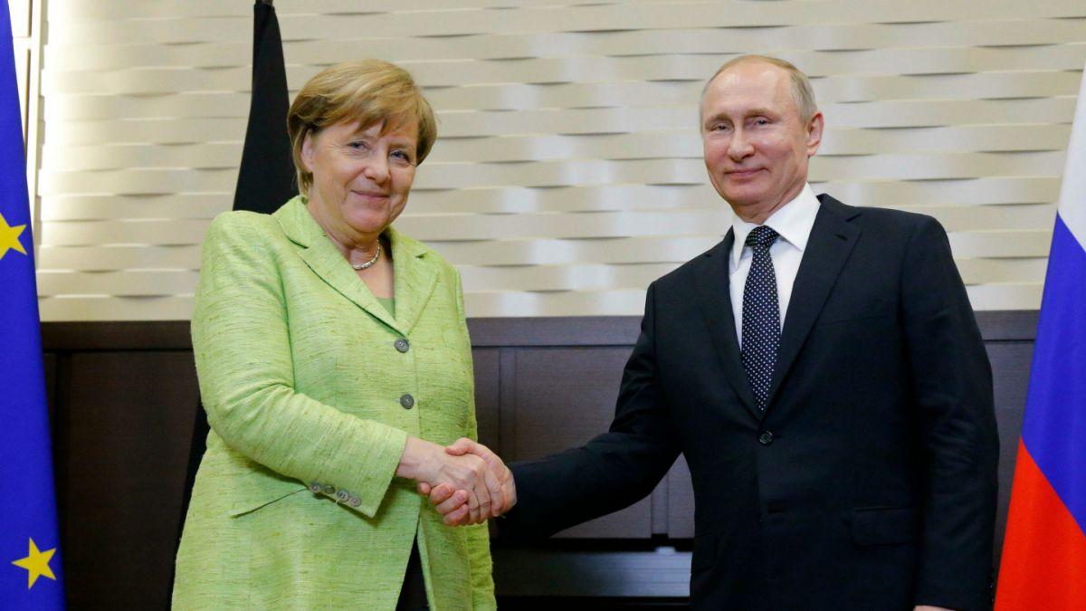 Merkel solicita apoyo a Putin para respetar los derechos gays en Chechenia