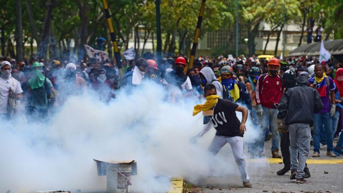 Un estudiante fue asesinado en una asamblea estudiantil en Venezuela